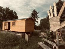 Bauwagen Holzwohnwagen Zirkuswagen Holzfenster Holztür Gartenzaun Holzhand Naturwohnen Holzhandwerk TinyHouse