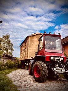 MWS 45 zieht Wohnwagen