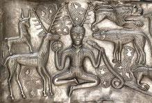 Abbildung eines gehörnten Gottes auf dem Gundestrup Kessel