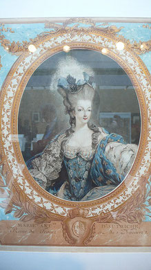 "Queen Marie Antoinette with her high ""pouf"" hairstyle (flickr, picture by Raphael Labbé)"