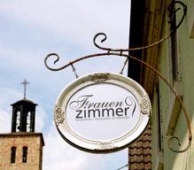 Erste Behandlung im Kosmetikstudio Frauenzimmer Würzburg