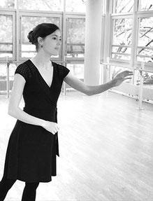Clémentine Gras, professeur diplomée de danse classique à LCJ Vaucresson, Marnes la Coquette, Garches, La Celle Saint Cloud, Bougival, Le Chesnay, Ville d'Avray