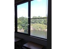 自習室からの景色。花火が見えることも!