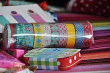 Bild: Klebebandrollen als Geschenk aus AnfängerGlück Stoffschultüte