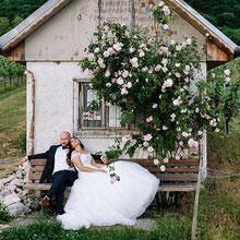 Paarshooting Magdeburg Afterwedding mit Katia und Rudi in Stuttgart Burg Hohen Neuffen Weinberge Hochzeitskleid Thomas Sasse