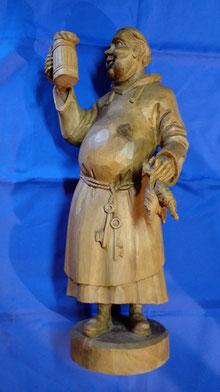 Mönch mit Bier Holzschnitzerei