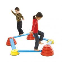 Kit build'n'balance enfant d'équilibre au meilleur prix. Acheter le kit set d'équilibre build n balance pour jeux de motricité enfants. Ici kit débutant 5 sommets et 5 planches.