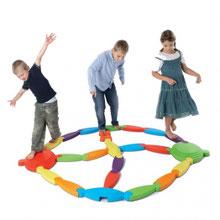 Set rivière d'équilibre à acheter au meilleur prix.  Marque Gonge, 21 éléments parcours rivière d'équilibre enfants.