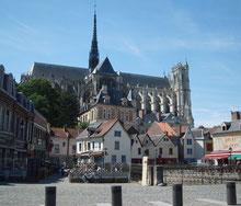 Somme Groupes - Agence de voyages - Réceptif - Baie de Somme - Amiens - Somme - Séjour en groupe - Trois jours dans la Somme - Découverte de la Somme - Cathédrale d'Amiens - Chroma - Colorisation de la cathédrale - Voir les phoques - Parc du Marquenterre
