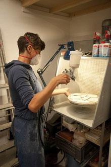 Porzellanpapier glasieren / glazing paper porcelain © Alina Sauter 2014