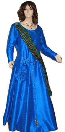 Gewandatelier Mittelalter-Fashion, keltisches Seidenkleid nach Maß gefertigt.