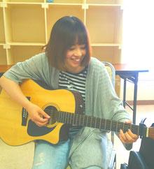 ギター女子 弾き語りボイトレレッスン ギタ女