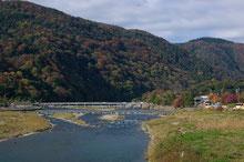 京都市嵐山渡月橋風景上大迫博撮影