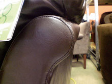 レザー長椅子 角の擦れ       Aftre