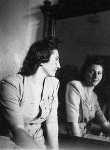Sylvia Rosenhek 1920-2012.