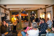 26.04.2014 Zilli live in der Schwarzen Katze die Kunstkneipe...
