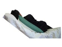 リクライニング30度の側臥位(健側傾斜姿勢)