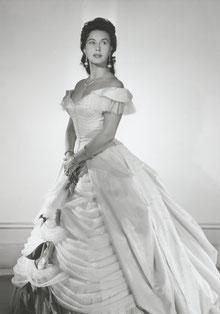 Lisa Della Casa als Arabella. Foto: Lillian Fayer