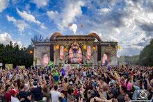 Daniel Gonzalez, Daniel Gonzalez fotógrafo, fotógrafo, fotógrafos, fotógrafo de eventos, fotógrafo de festivales, fotógrafo en España, fotógrafo profesional, DJ, Mixing, DJ Mixing, Festival, Club, Bringing the Madness, Music, EDM music, Dimitri Vegas