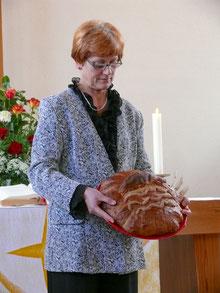 Das dritte Geschenk: Brot ...