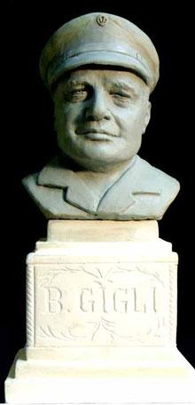 Busto di Beniamino Gigli, di Edgardo Mugnoz (dicembre 2014)
