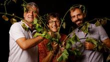 Agnes, Pascal et David Rousteau viticulteurs bio