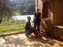 Lehmputz mit Eigenleistung durch die Bauherren Sabine und David