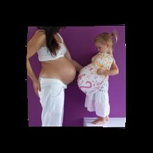 Schwangerschaft, Babybauch, die Zeit fliegt