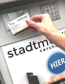 Carsahring mit Kundenkarte und PIN-Code. Foto: stadtmobil