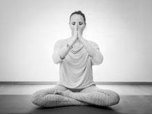 Yoga, AERIAL YOGA, Entspannung und YOGA Retreats auf Eiderstedt nahe SPO, Husum, Nordfriesland, Schleswig Holstein, Nordsee, Promentalis, Fitness, Entspannung, Kräftigung