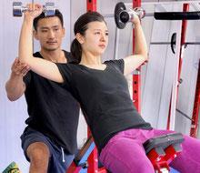 麻布十番すぐのジムで安い料金で継続できる肩トレーニング