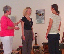 Michaela Hold Aufstellungscoaching Einzelaufstellung Familienstellen Holistic Pulsing Ausbildung spirituelle Lebensberatung Kartenlegen Einzelcoaching Quantenheilung