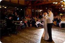Hochzeitsfoto vom ersten Tanz