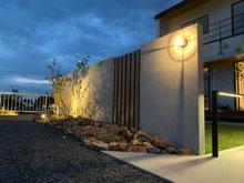 ライティングが印象的なエクステリア  可児市 K様 造園工事・外構工事・インテリア