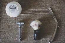 Barber-salon-Revaシェービング写真