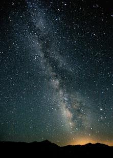 Die Milchstraße von der Erde aus betrachtet.