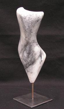 vivre l'harmonie - stéatite grise 2012 26cm avec socle