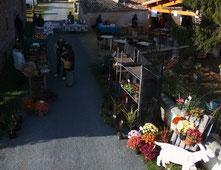 Marché fermier à Rom, village du sud Deux-sèvres, en Nouvelle Aquitaine