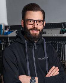 Armin Ritter, Werkstattleiter