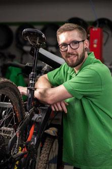 Christoph Göpler, e-Bike Werkstatt-Service, e-motion e-Bike Premium-Shop Velbert