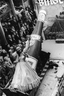 Die Gründerin, Frau Elfriede Albers, auf den Winzerfestumzug