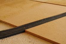Rohrleitungen in Holzweichfaserdämmung