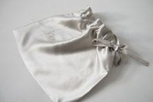 Jennifer Klein Couture Loungewear Lingerie Travel Bag Detox Silk Line Accessoires für die Reise