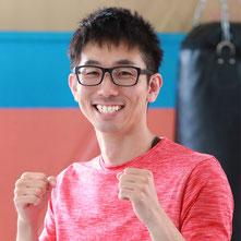 1983年生まれ  元プロムエタイ選手  元プロキックボクシング選手  新国際空手道連盟芦原会館黒帯  日本体育協会スポーツリーダー有所得者