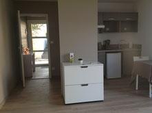 Location studio 30 m² dans chalet indépendant avec piscine  le week-end - la semaine - à Villeneuve sur lot -   47