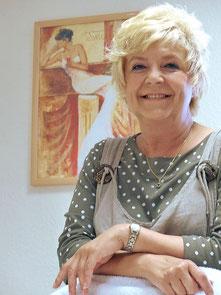 Gabriele Walter, Kosmetikerin