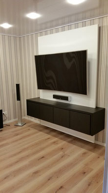 tv wall designm bel tv wand referenzen tv wall die tv wand aus schreinerhand. Black Bedroom Furniture Sets. Home Design Ideas