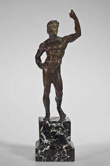 Bildnisstatue Alexanders des Großen. Wiedergabe nach großformatigen Standbildern. Römische Kopie (von Statue des Lysipp?) (Archiv Hölscher)