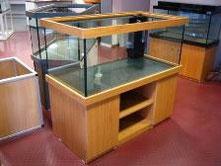 Bild: Aquarienunterschrank in solider Bauart