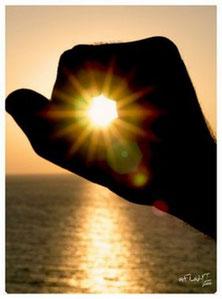 Forno solare cinefotoart ecosostenibilita giordano giovanni - Specchi riflettenti luce solare ...